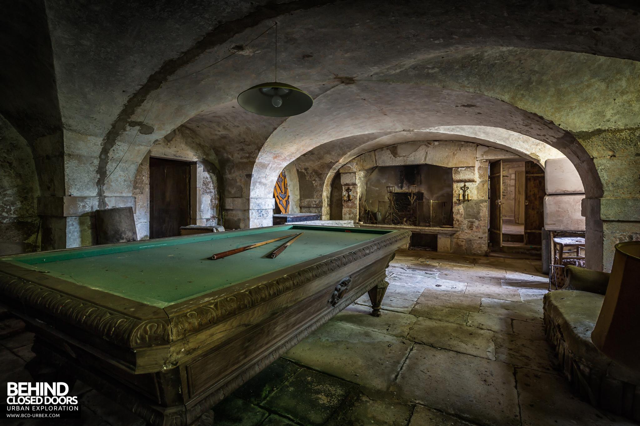 chateau-french-house-12.jpg