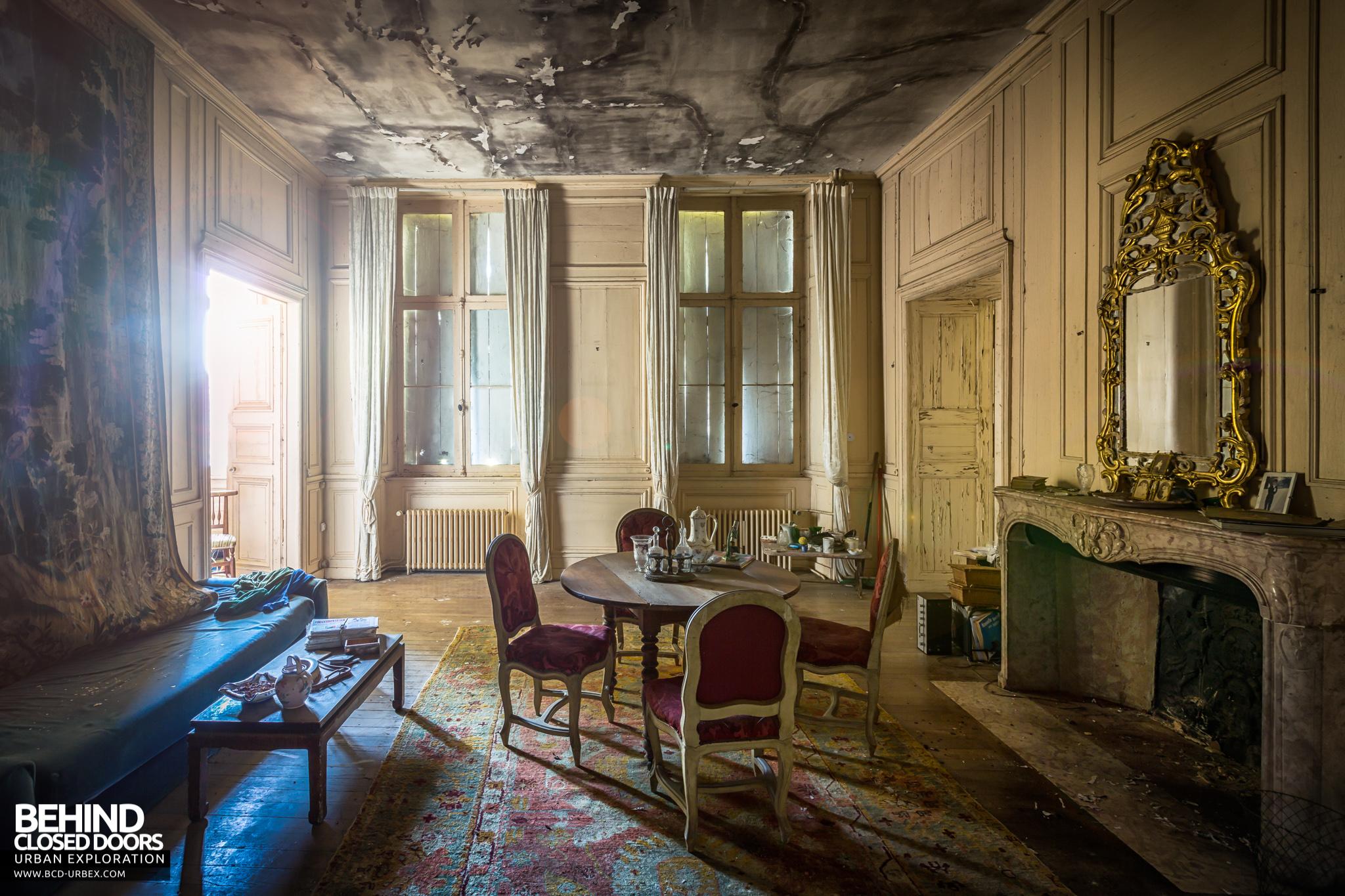 chateau-french-house-15.jpg