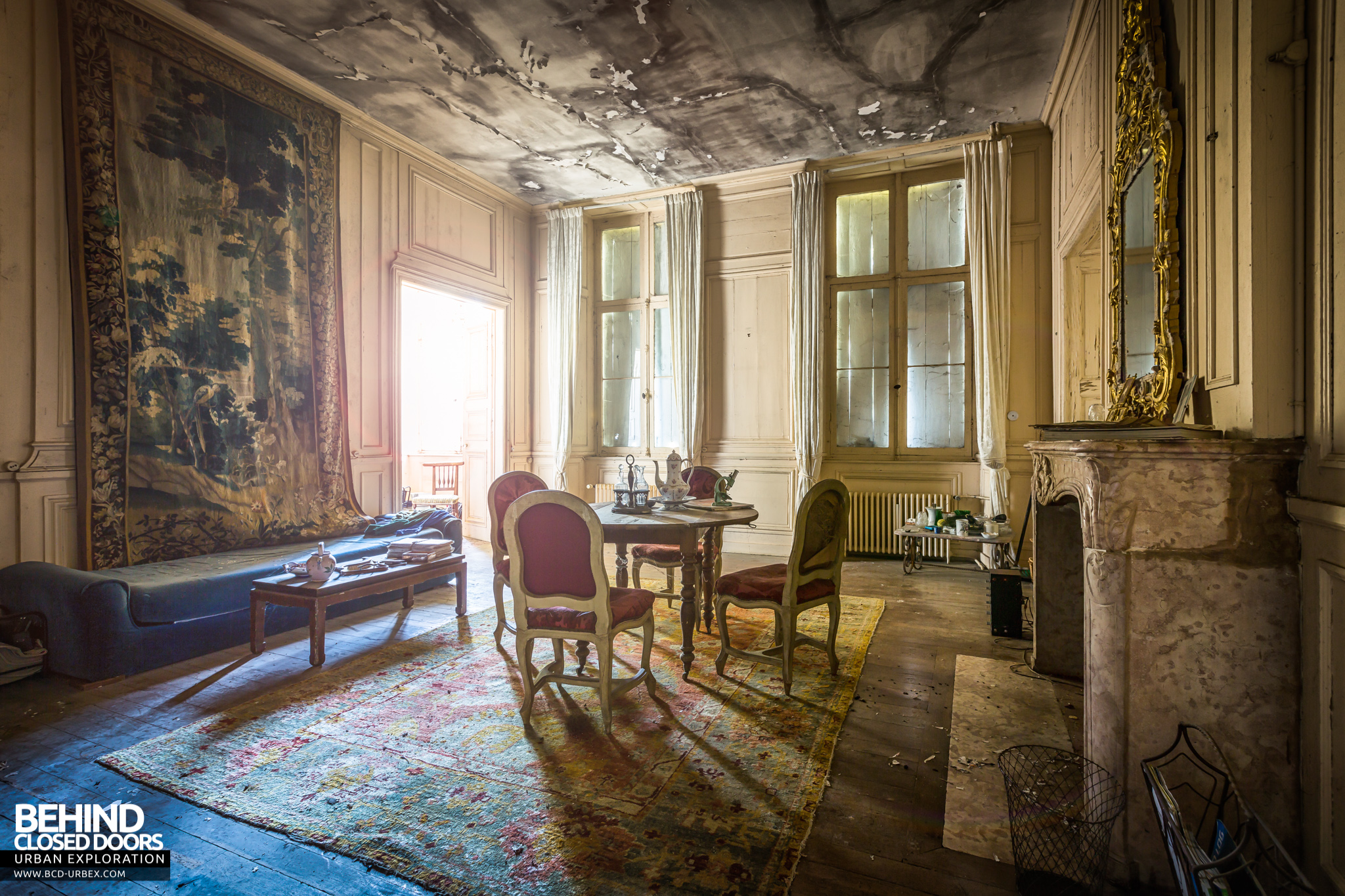chateau-french-house-17.jpg