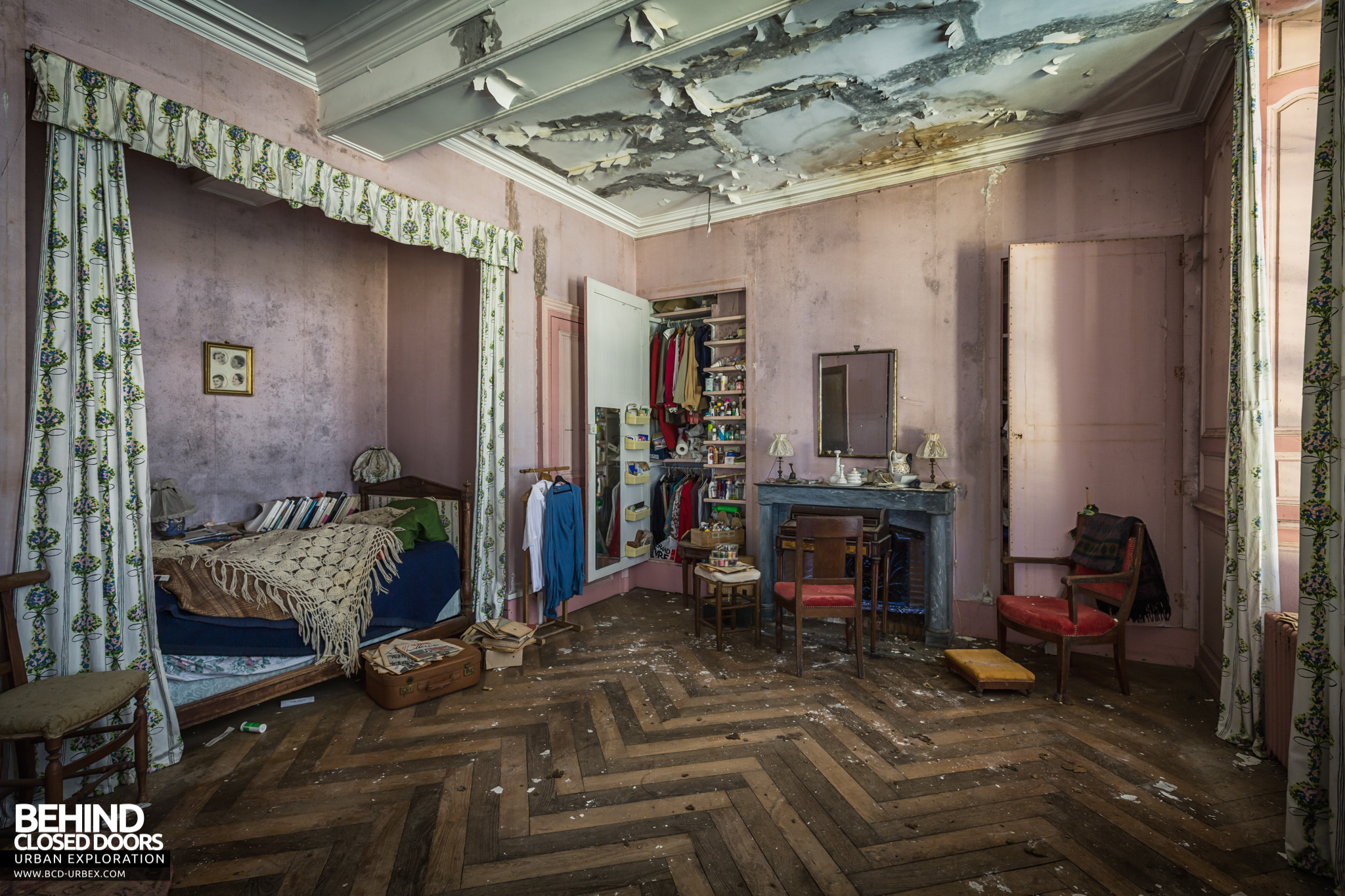 chateau-french-house-18.jpg