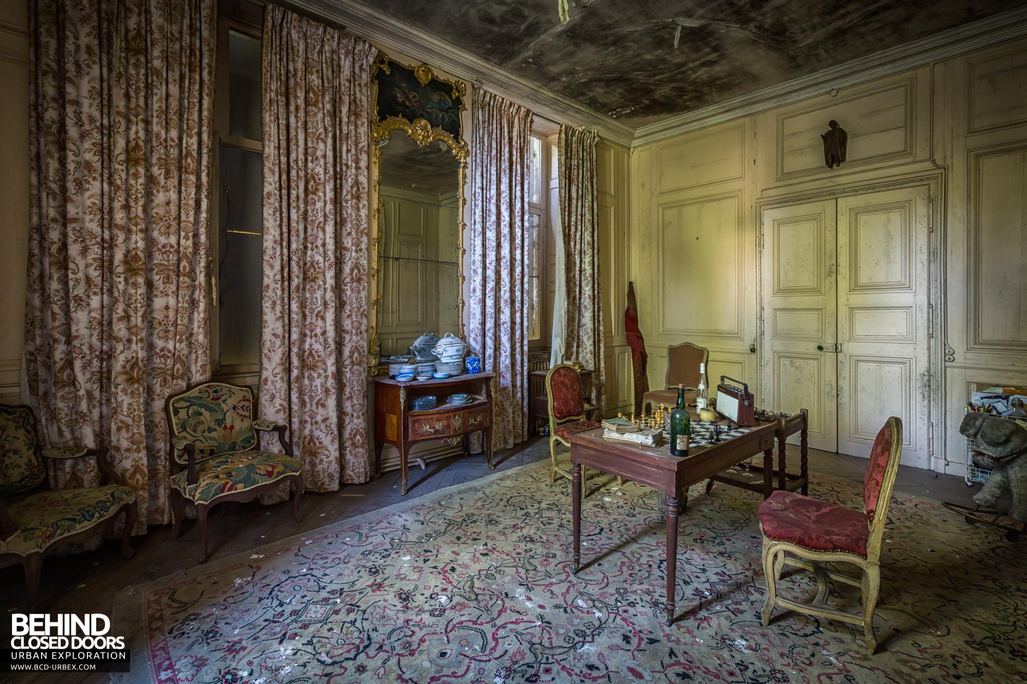 chateau-french-house-23.jpg