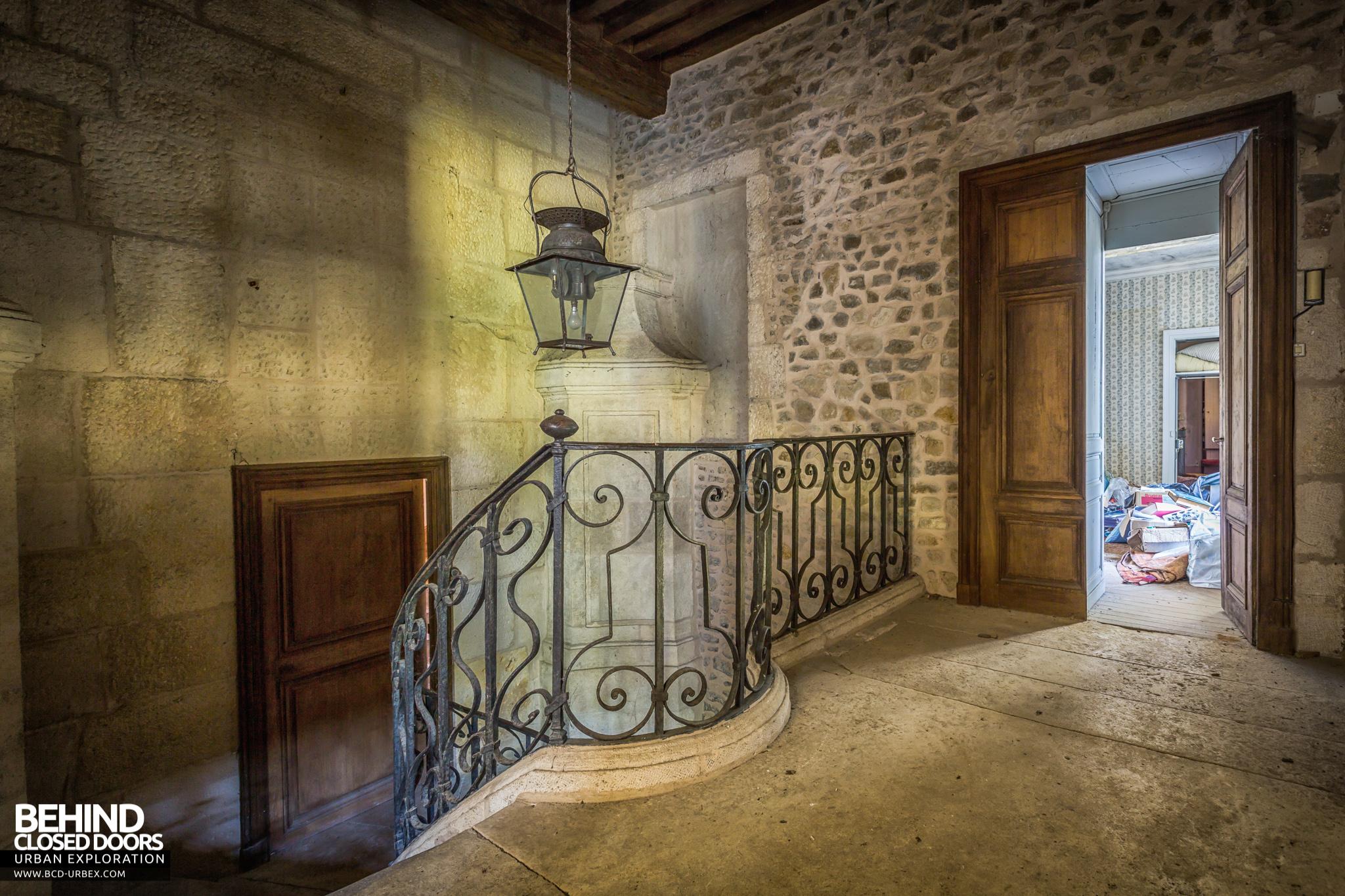 chateau-french-house-25.jpg
