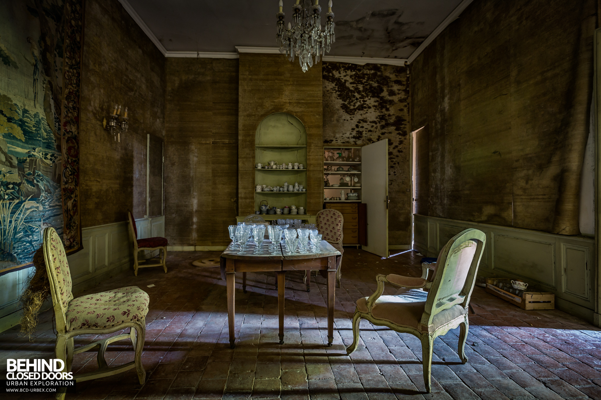 chateau-french-house-4.jpg