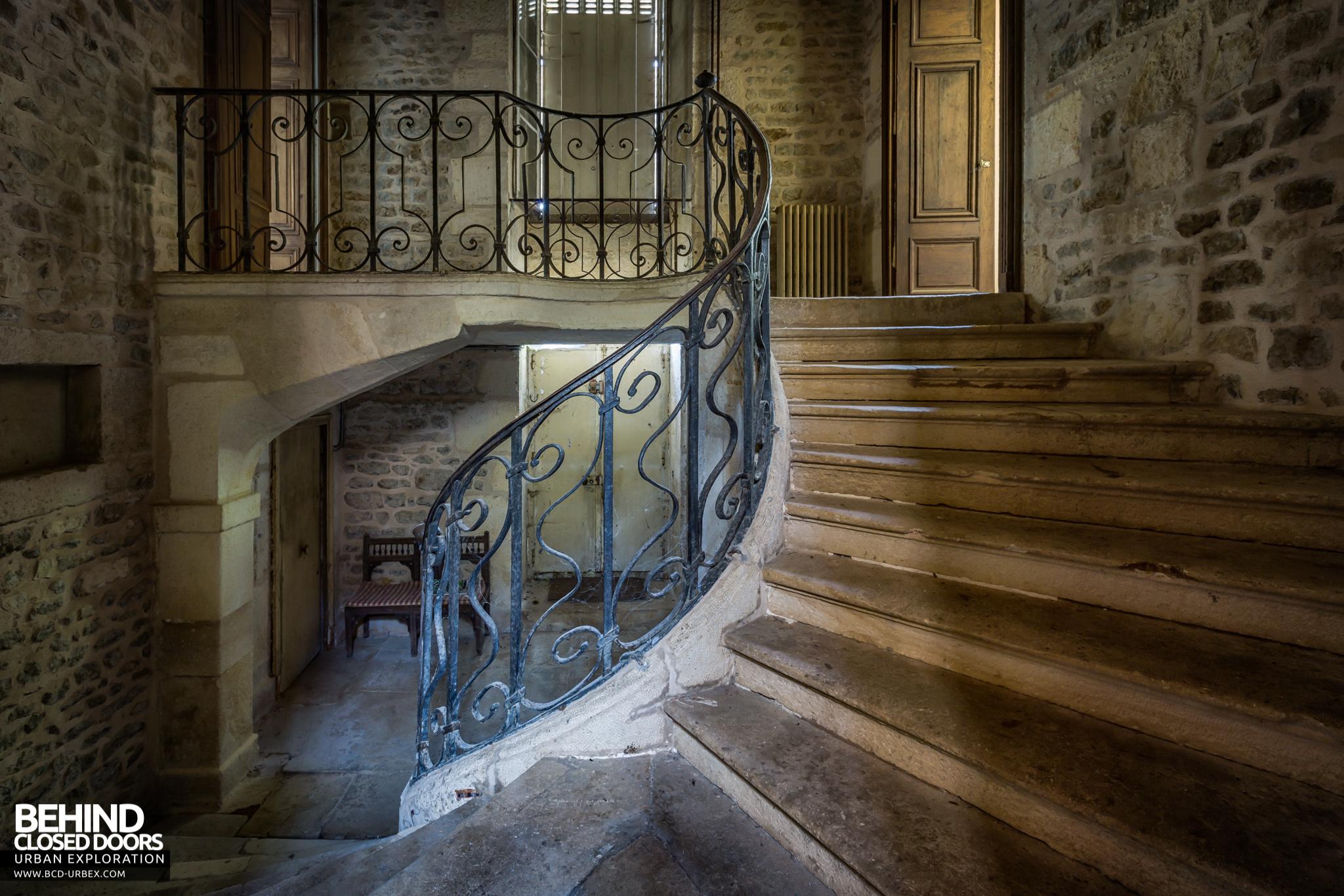 chateau-french-house-9.jpg